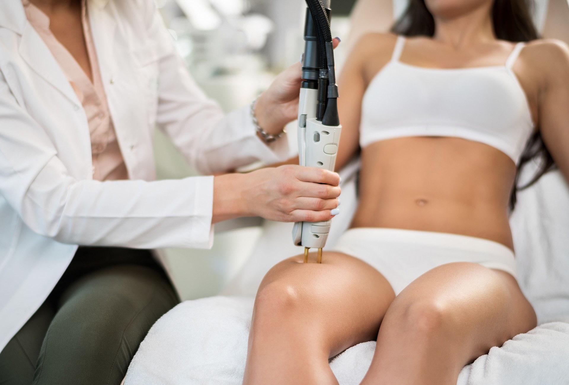 Защо да изберете лазерна епилация при дерматолог?